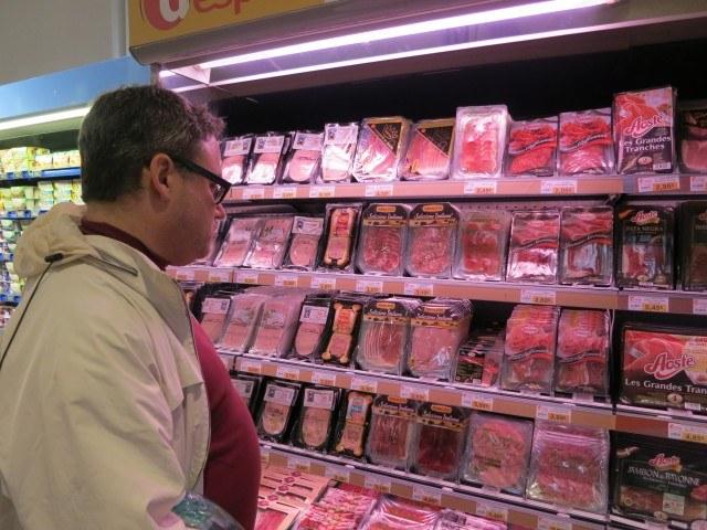 Scavenging for Lunch France Supermarket
