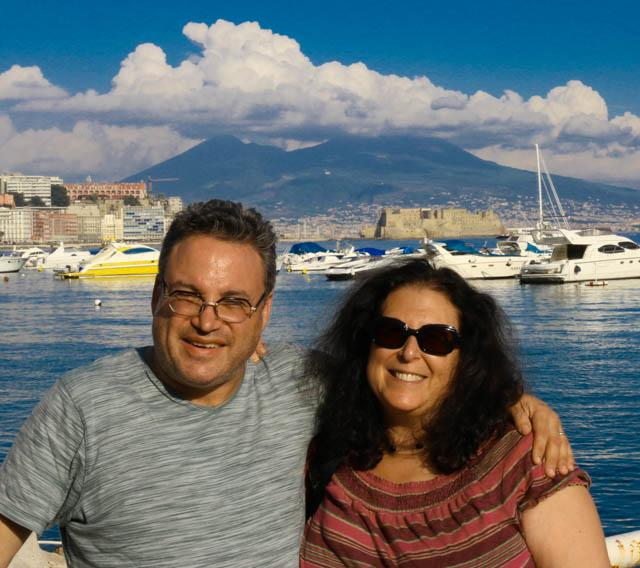 Crazy Globetrotters 2foodtrippers in Naples Napoli Italy