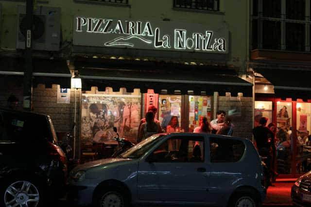 Pizzeria La Notizia - Bustling at 10:00 on a Tuesday Night. Naples Best Pizza in the World. best pizza in naples italy