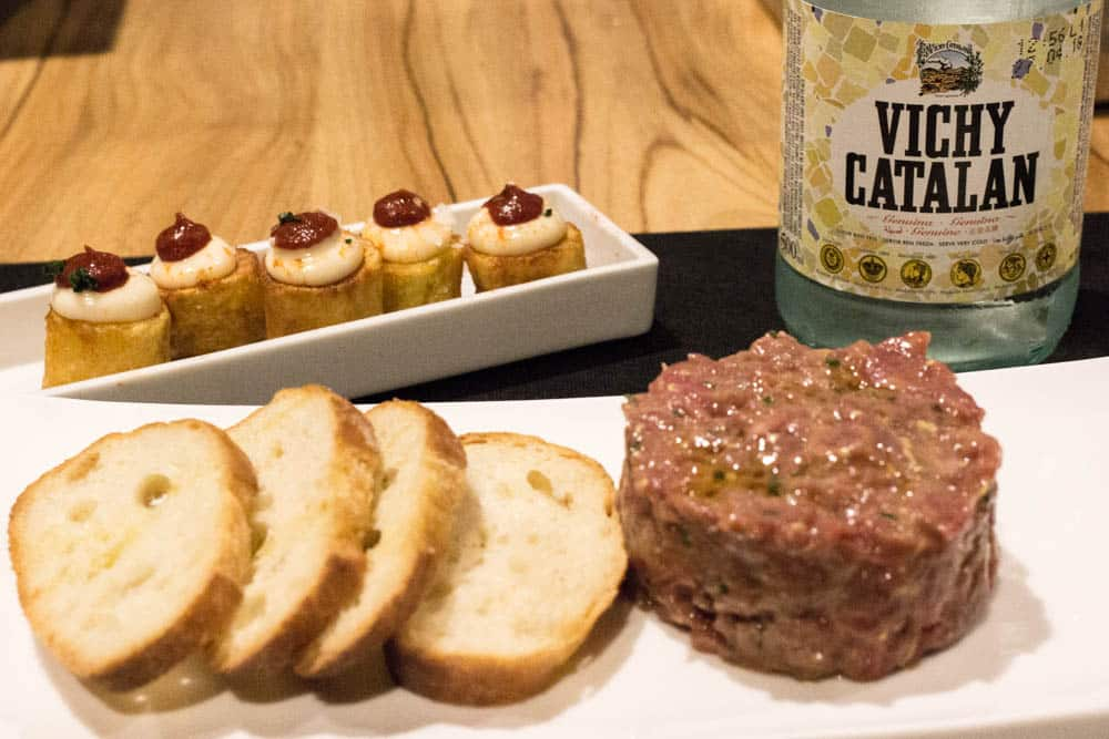 5 Ways to Eat in Barcelona. Bardeni is a meat bar, so it's no surprise that they serve top quality meat like this spicy steak tartare. 2foodtrippers Eat in Barcelona