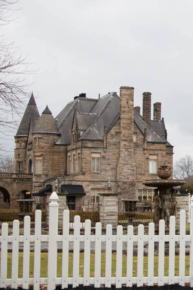 Pinterest image: image of Buhl Mansion with no caption