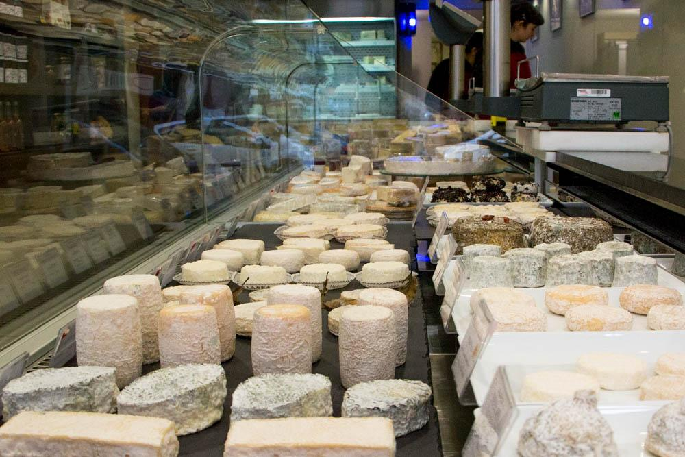 Visiting Froomagerie Tête d'Or is like taking a cheese tour France but in a well curated shop. lyon food guide 2foodtrippers