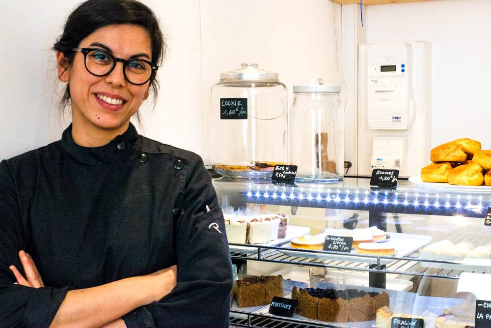 Pastry Chef Anne Chambouleyron learned about American style cheesecake from her American relatives. She now bakes this cheesecake plus other desserts for coffee shops and restaurants throughout Lyon. lyon food guide 2foodtrippers