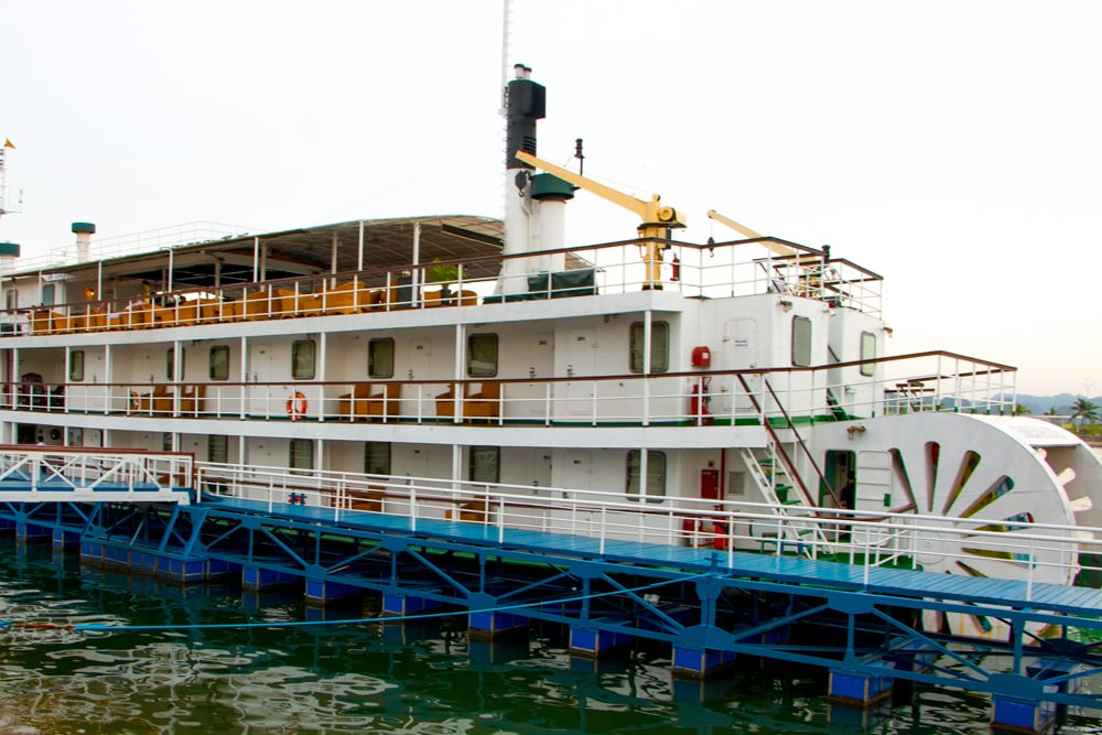 The Emeraude is a replica of an early 20th century paddle steamer. In its current iteration, the boat offers the height of luxury for passengers cruising Halong Bay. Cruising Halong Bay Vietnam