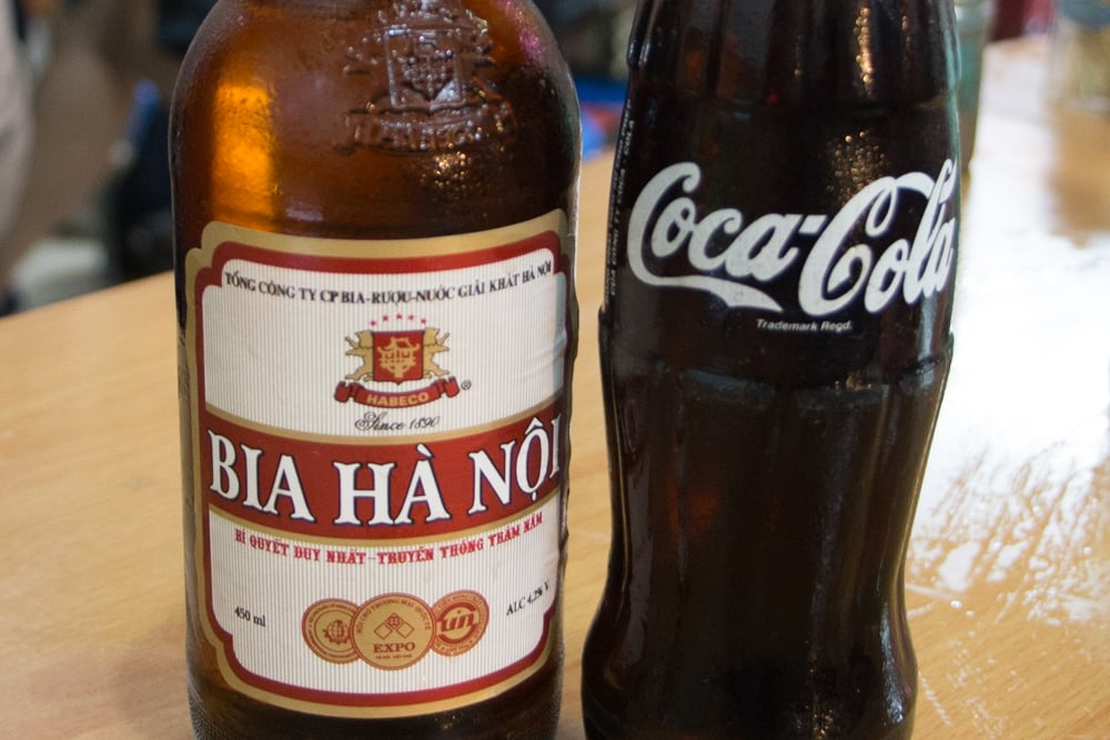 Hanoi is a city where beer and soda peacefully co-exist. What to Eat in Hanoi - A Hanoi Food Guide