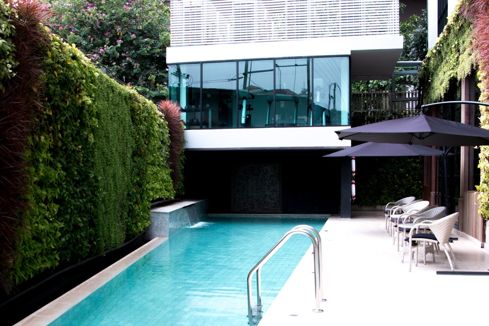 We appreciated Metropole's secluded pool area, though our favorite amenities were the saunas. Bangkok Luxury Hotel Experience at Metropole