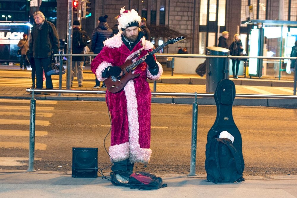 Street Performer for Helsinki Christmas