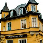 Pinterest image: image of hotel with caption 'Hotel Laimer Hof Munich'