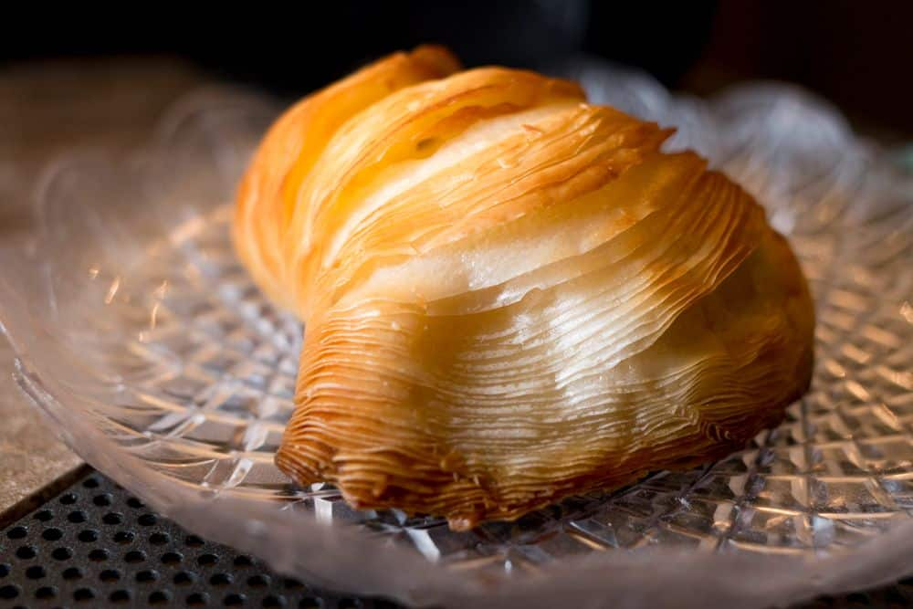 Riccia Sfogliatella - Awesome Naples Walking Tour with Coffee and Pizza