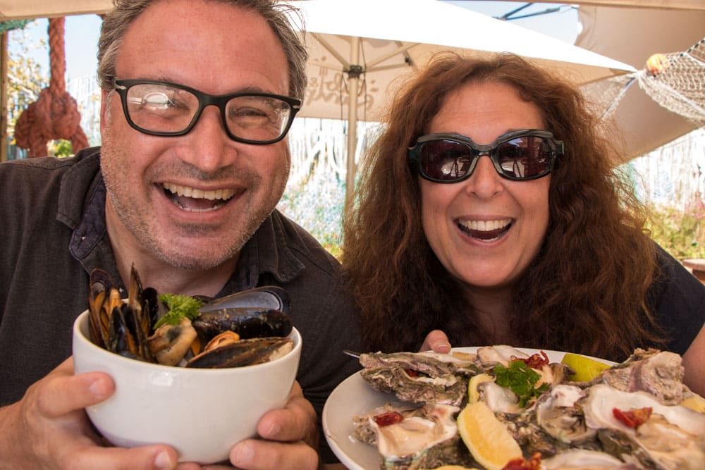 Daryl and Mindi Eat Oysters