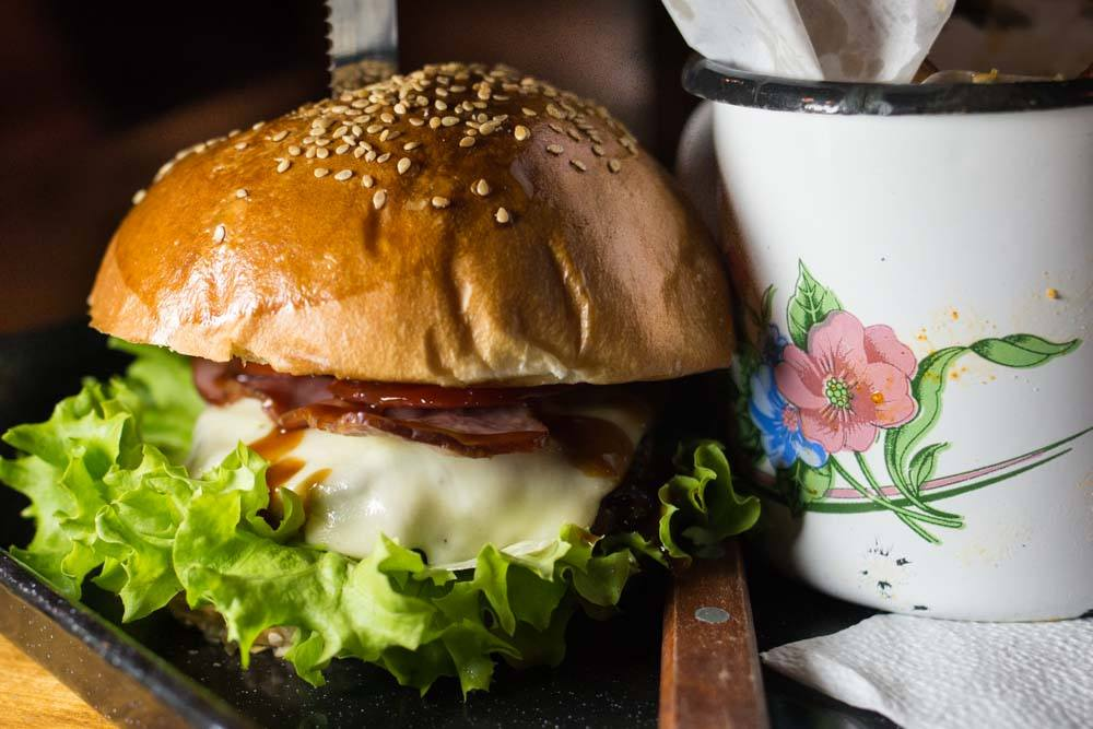 Modelier Burger in Bucharest Romania