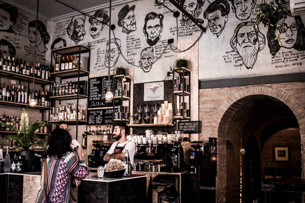 Menomoka Coffee in Modena Italy