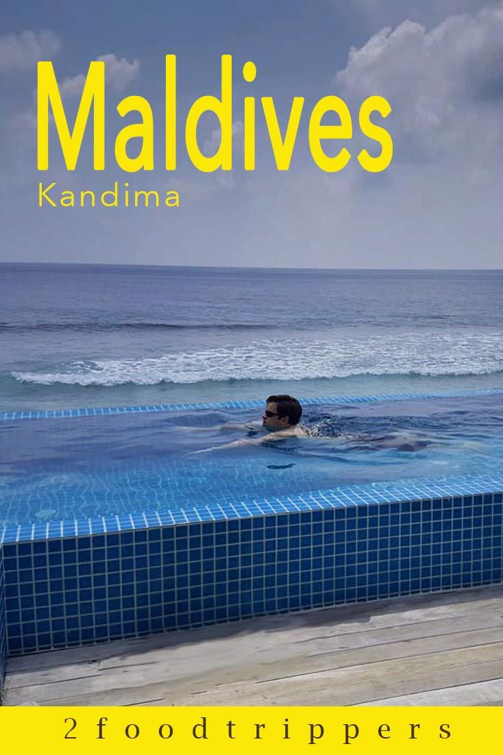 Pinterest image: image of Maldives with caption reading 'Maldives Kandima'