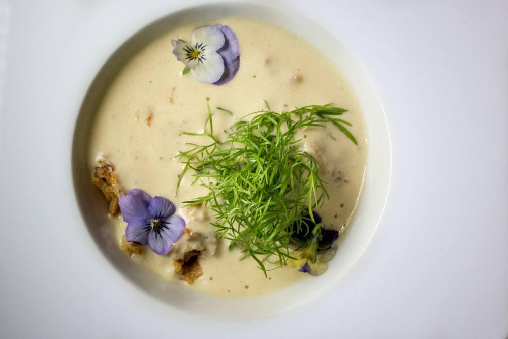 Borkonyha Winekitchen Poultry Soup - Budapest Restaurants