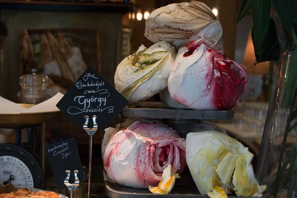 Deryne Bistro Meringues - Budapest Restaurants