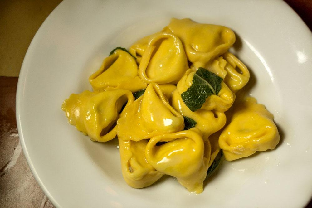 Osteria Broccaindosso - Tortelloni - Bologna Food Guide
