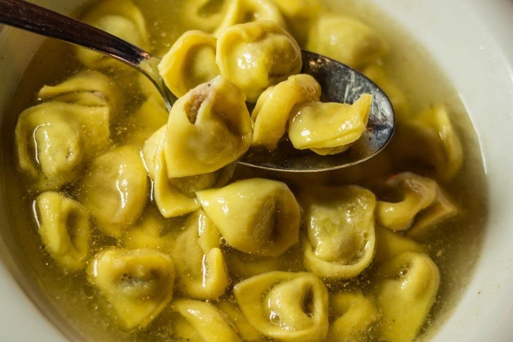 Trattoria del Rosso - Tortellini en Brodo - Bologna Food Guide