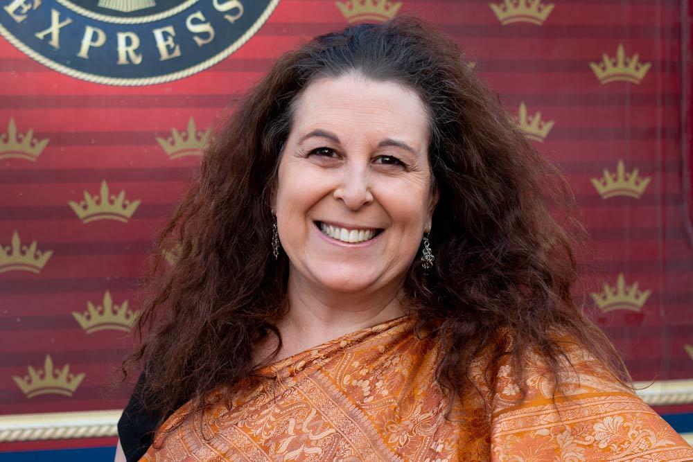 Maharajas Express Sari Night Selfie