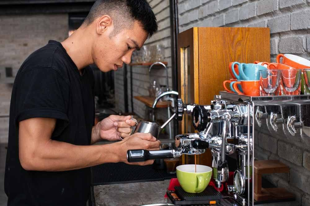 Barrista at Brewman Coffee Concept in Danang Vietnam