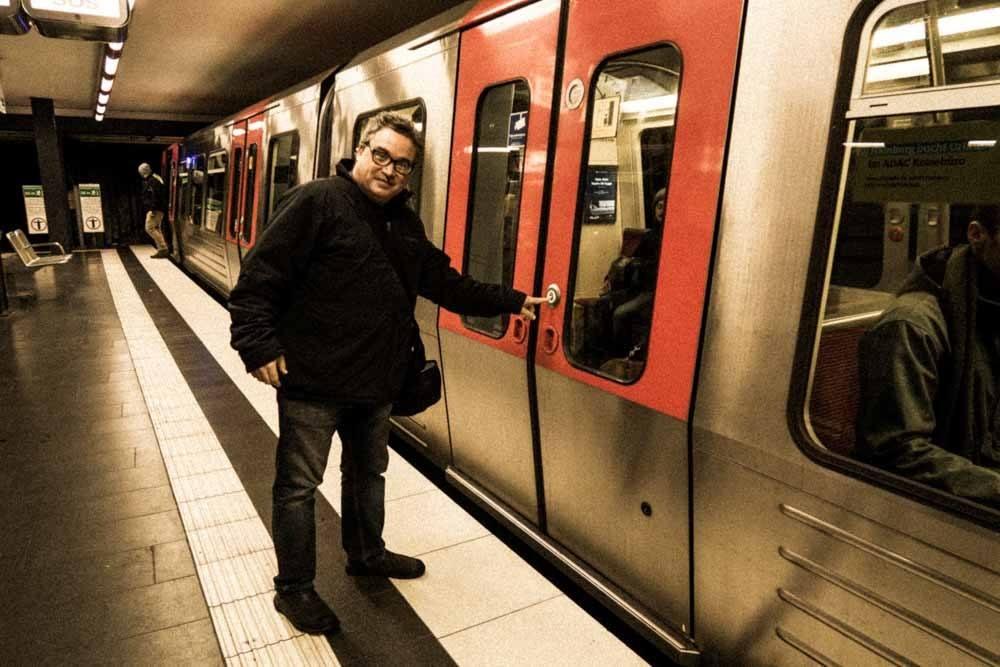 Daryl at Hamburg U-Bahn Station