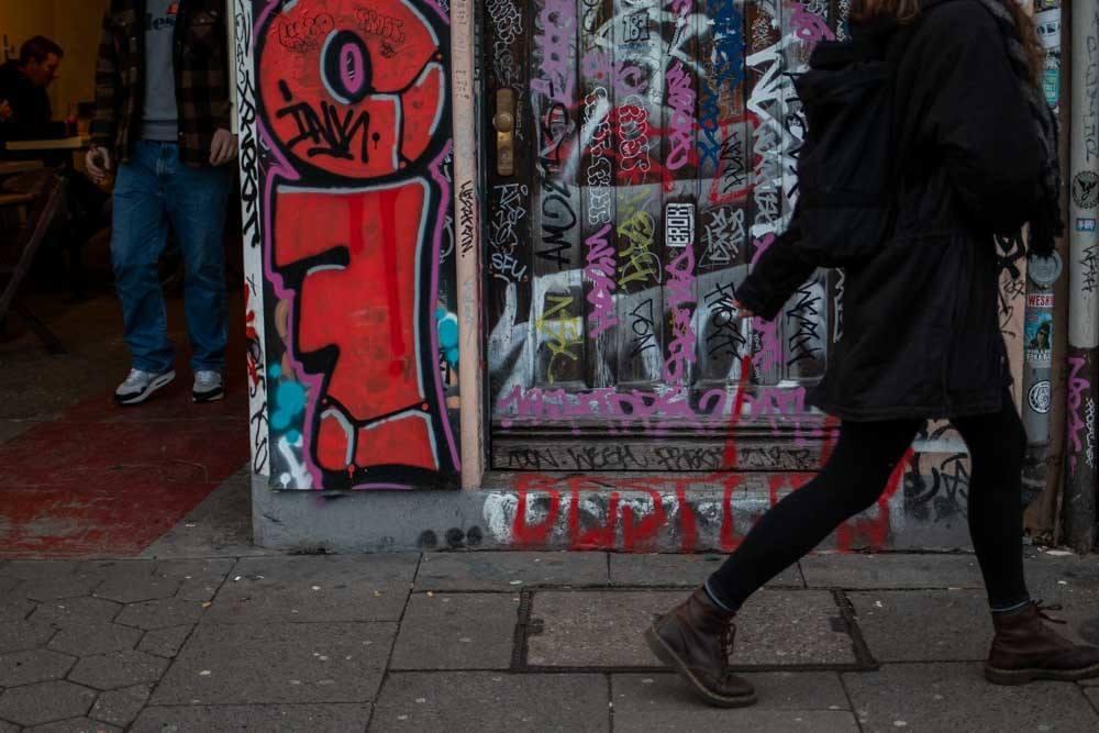 Grafiti and Pedestrian in Hamburg Germany