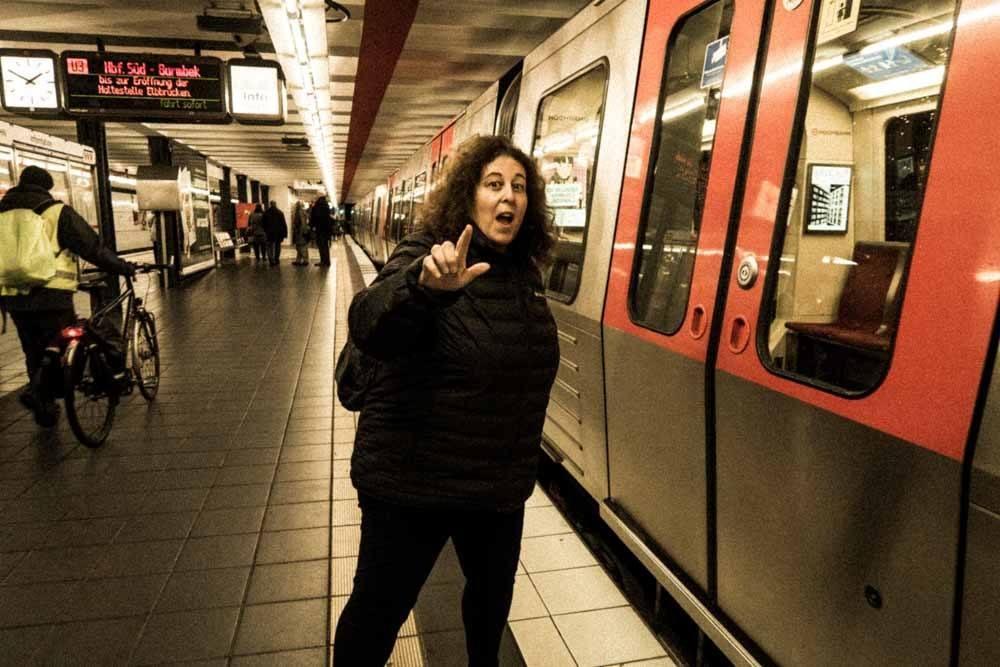 Mindi at Hamburg U-Bahn Station