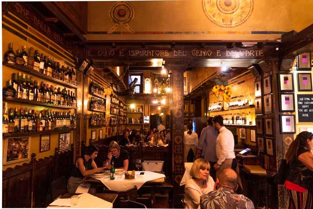Antica Bottega del Vini Dining Room in Verona Italy