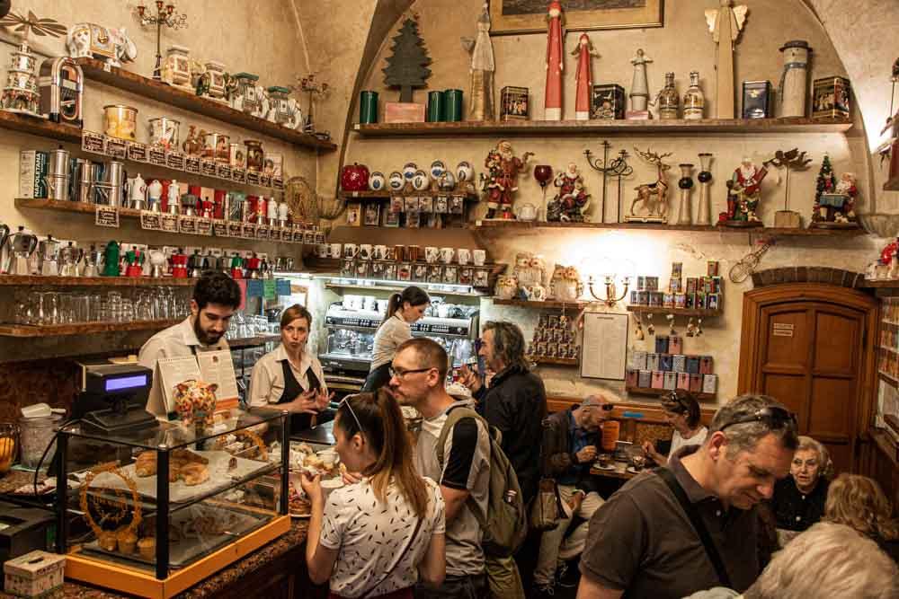Caffe Borsari Dining Room