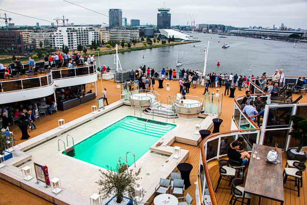 Pool on Nieuw Statendam Holland America Norway Cruise