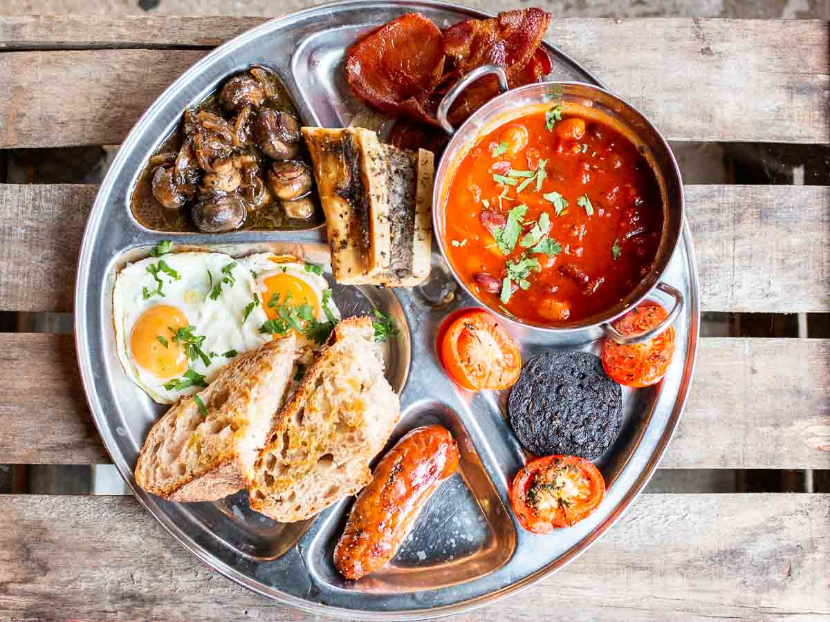 Full English Breakfast at Blighty in London