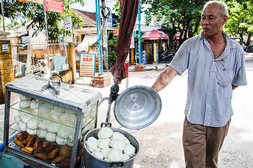 Banh Bao Street Vendor in Hoi An