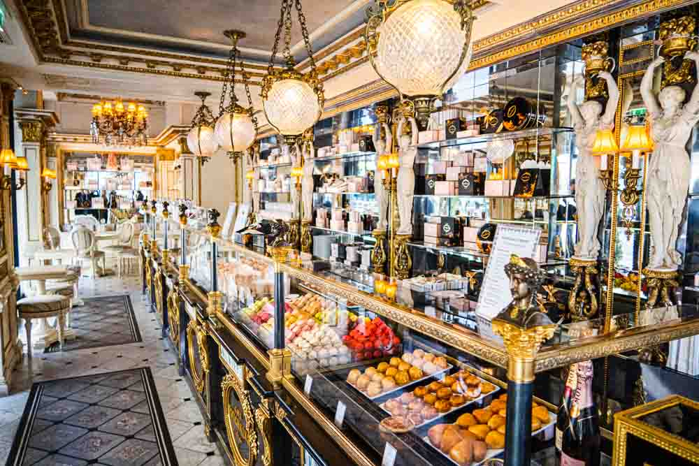 Cafe Pouchkine in Paris