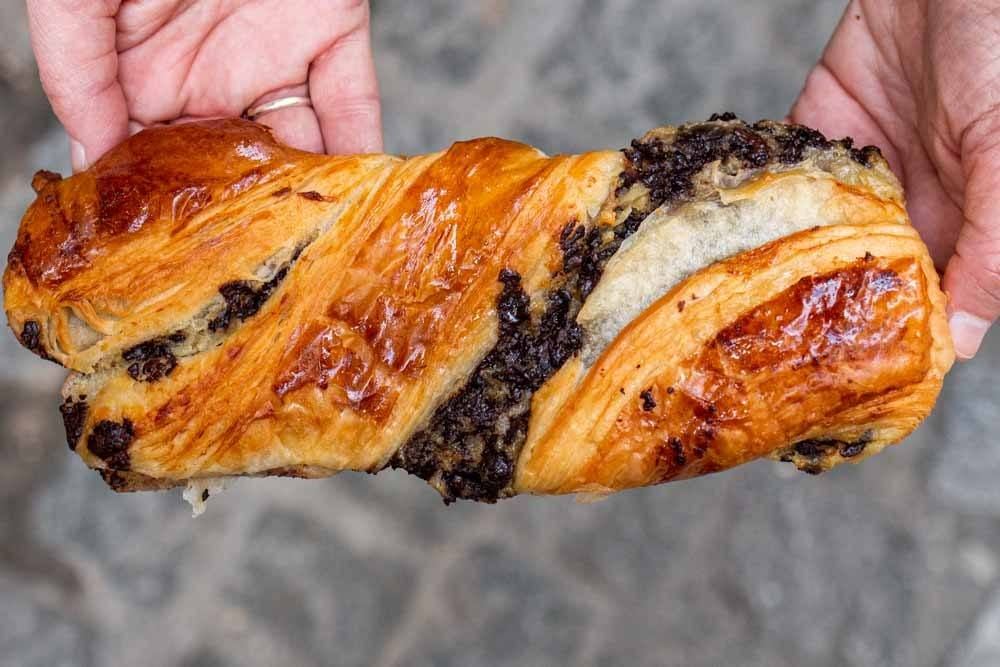 Chocolate Twist at Boulangerie Patisserie Terroirs dAvenir in Paris