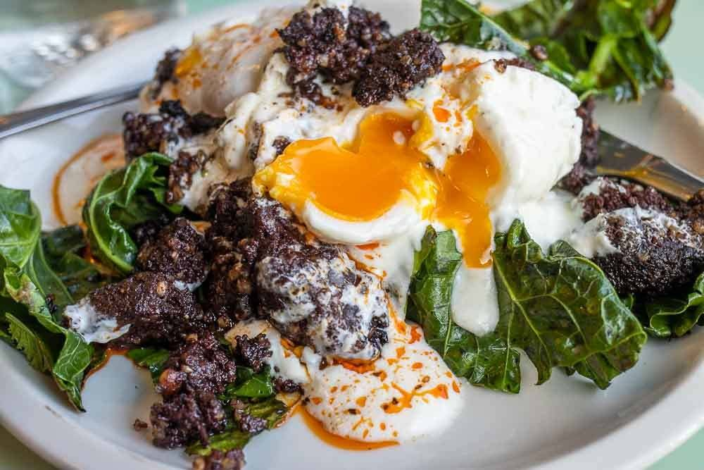 Egg and Greens at Meet Me in the Morning in Dublin