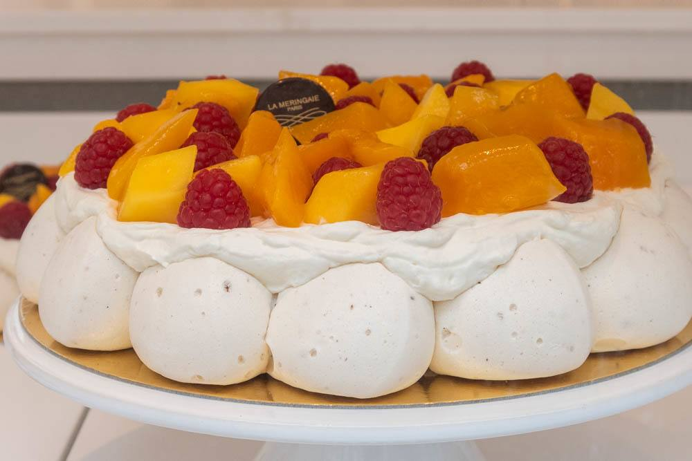 Pavlova at La Meringaie in Paris