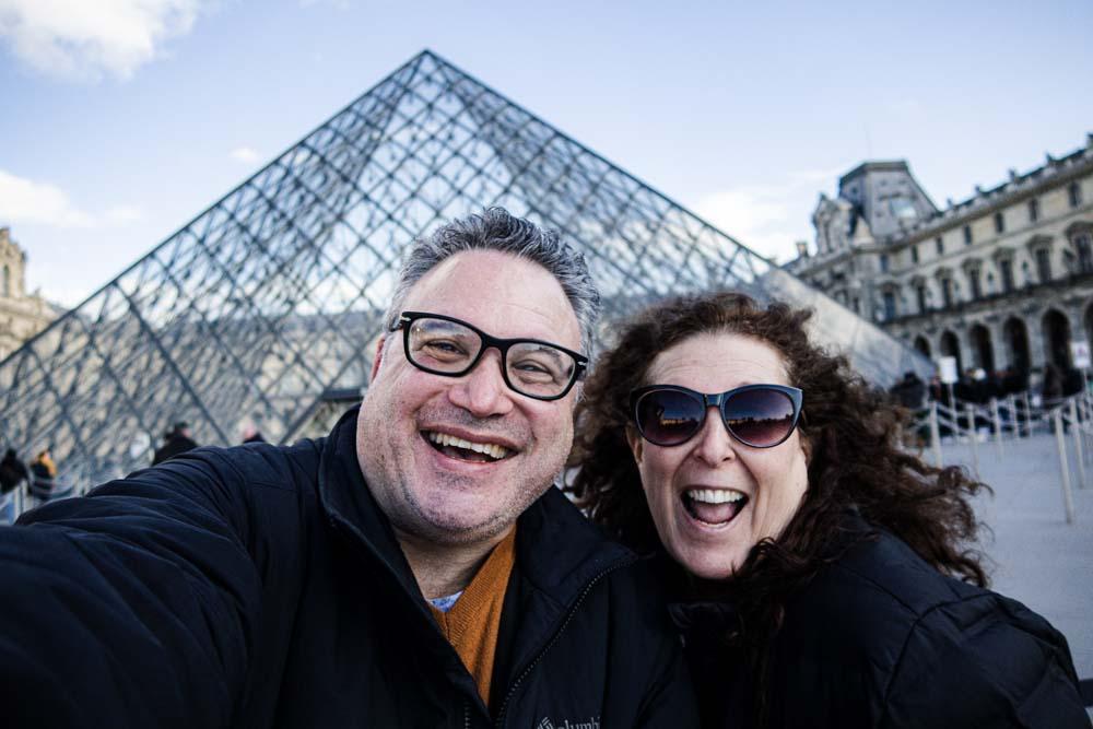 Louvre Sefie in Paris