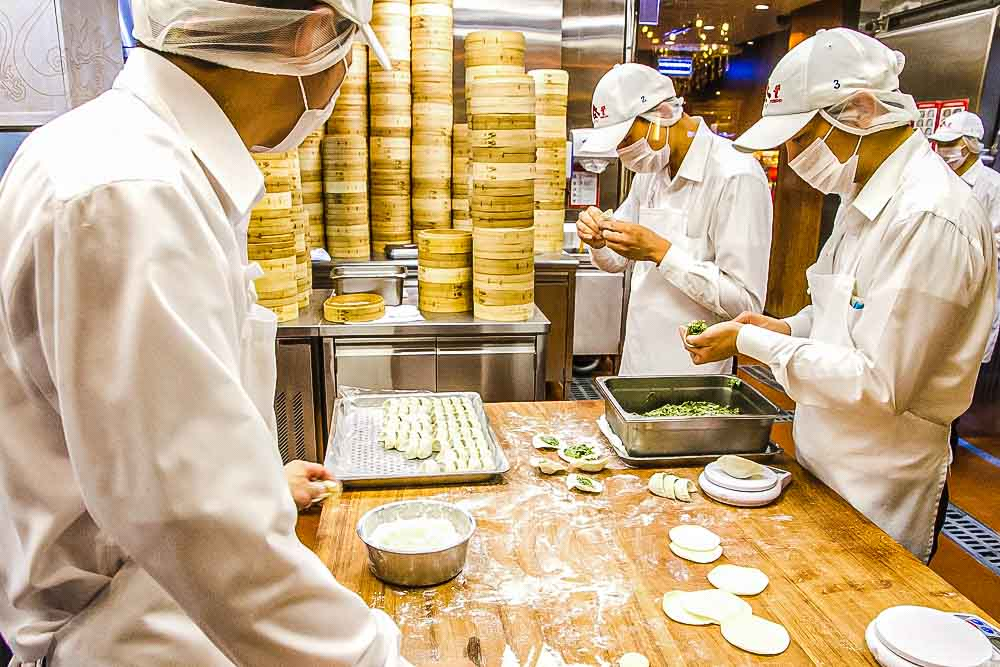 Din Tai Fung Chefs in Taipei