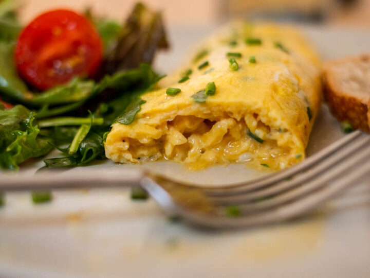 How to Make a French Rolled Omelette at Home