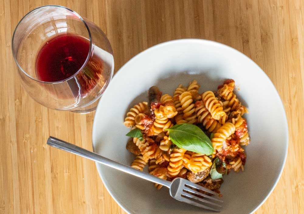 Mushroom Tomato Pasta with Fresh Basil with Wine