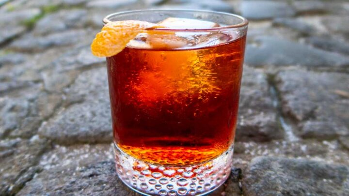 Crafting a Campari Negroni – The Most Classic Italian Cocktail