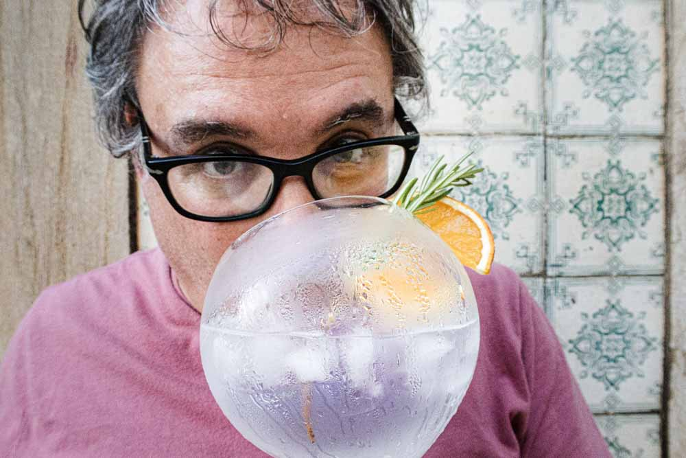 Daryl Enjoys Gin and Tonic