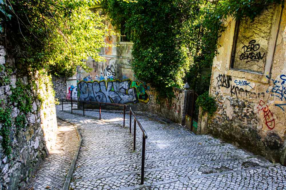 Grafiti Street in Sintra