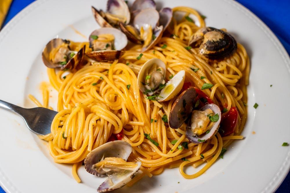 Pasta alla Vongole Plate at Trattoria Toledo in Naples