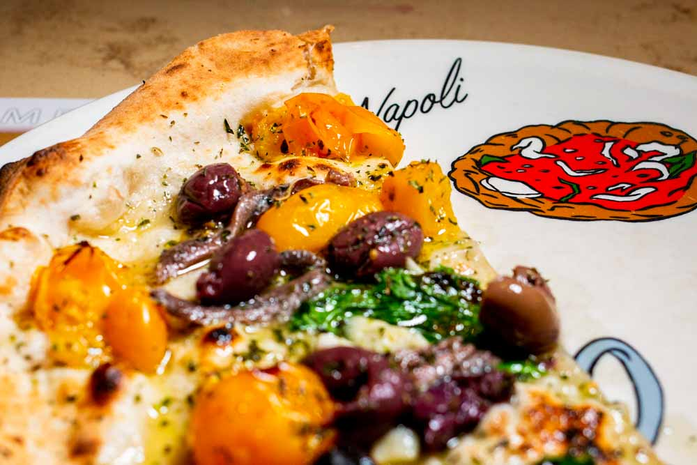 Pizza Slice at Pizzaria La Notizia in Naples