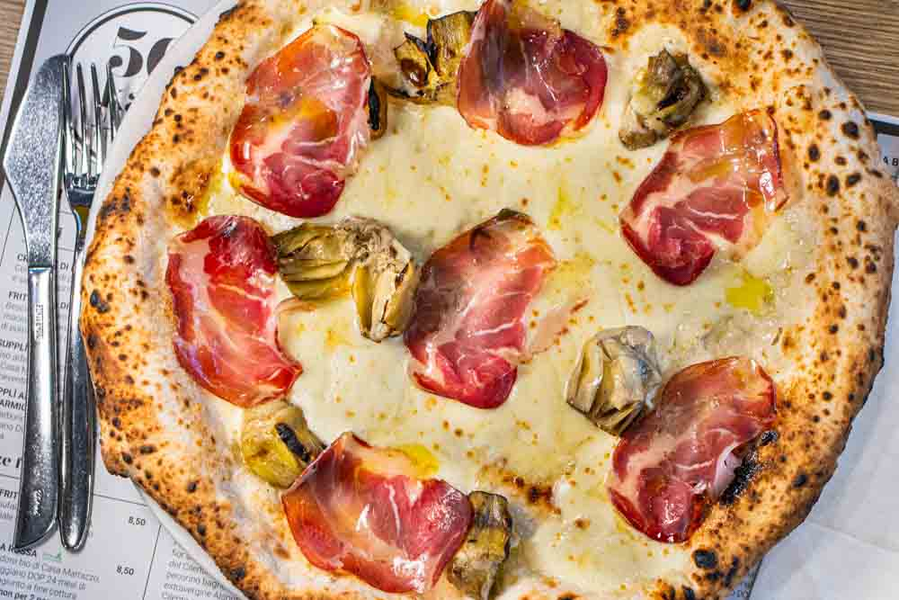 Naples Pizza Guide | The Best Pizza in Naples Italy