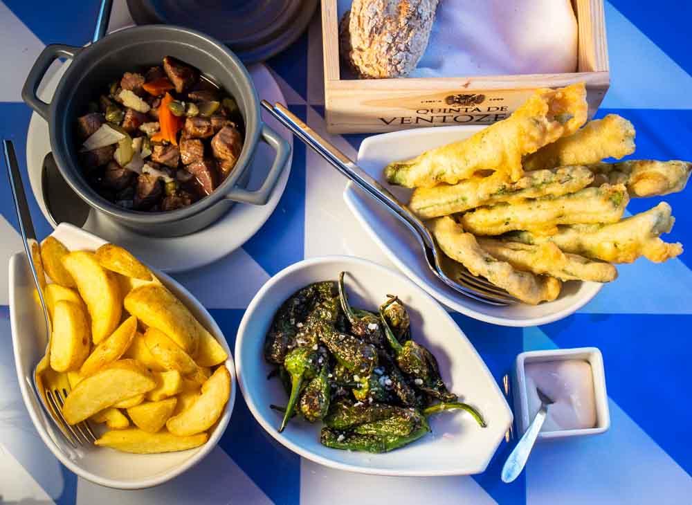 Dinner at DeCastro Gaia in Porto