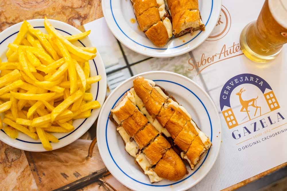 Lunch at Gazela Cachorrinhos da Batalha in Porto