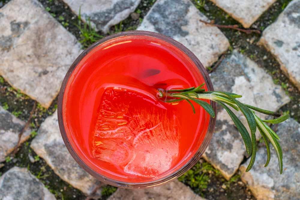 Tomate Cocktail on Sidewalk