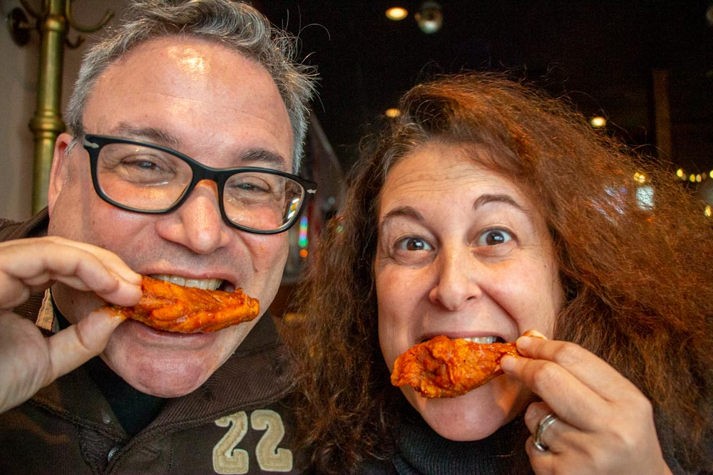 Buffalo Wing Selfie at Elmos in Buffalo