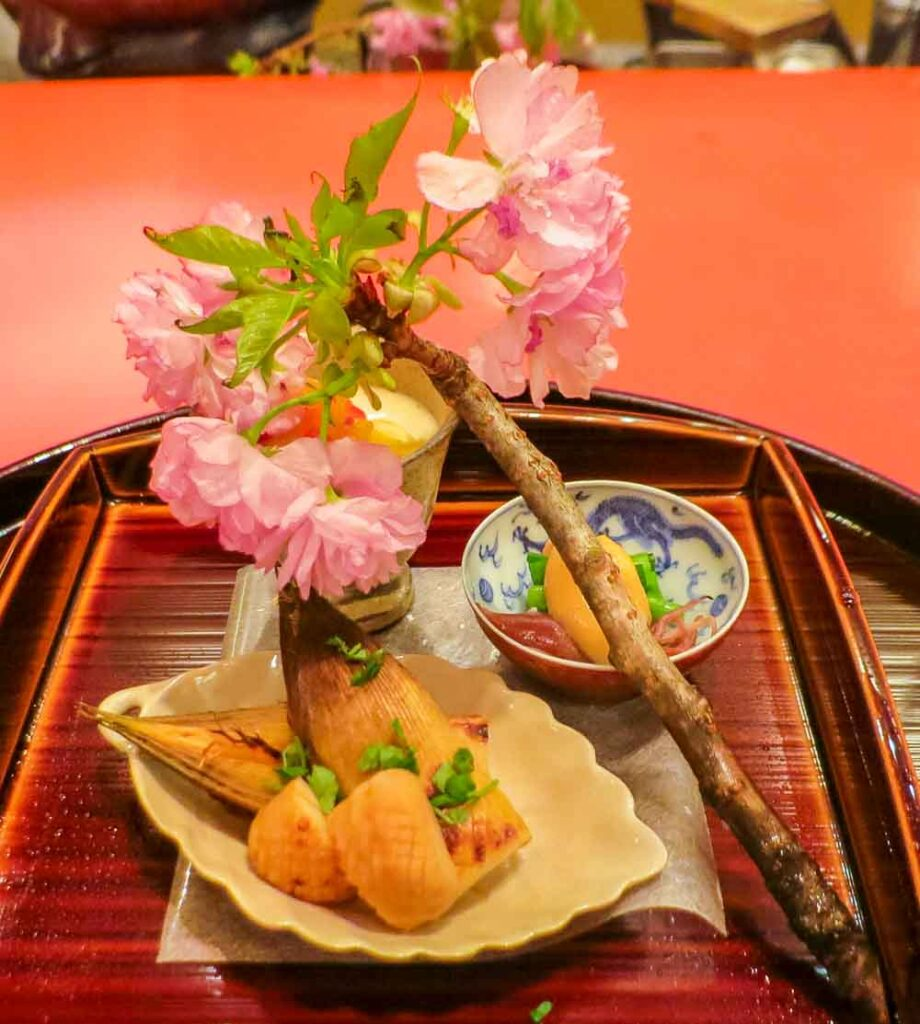 Kaiseki Meal with Cherry Blossom in Kyoto